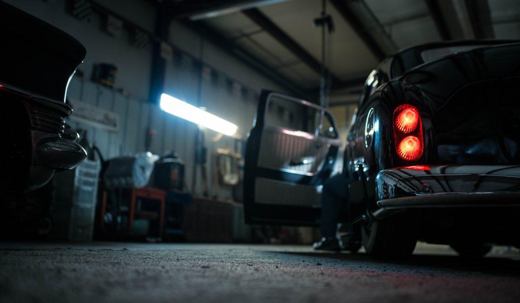 Jak ubezpieczyć garaż