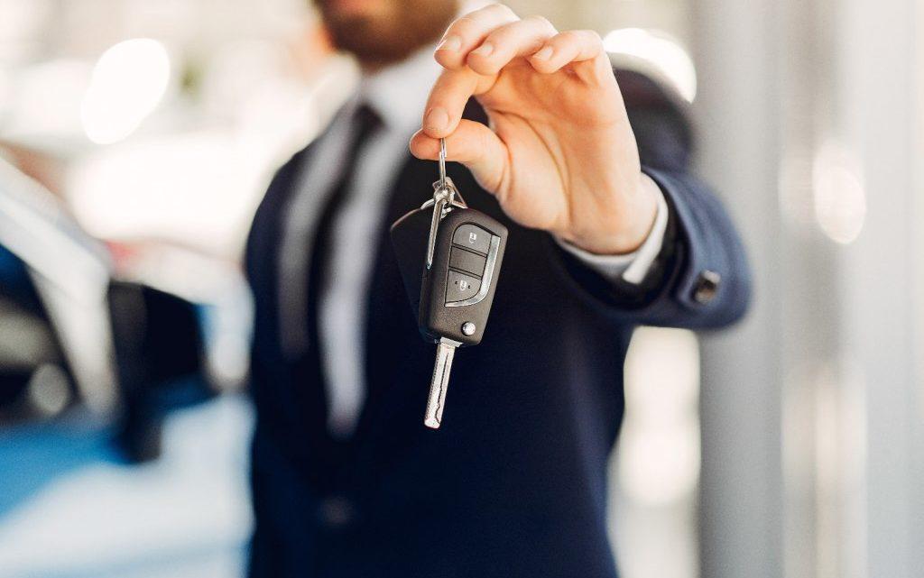 Jakie czynniki wpływają na cenę ubezpieczenia samochodu?